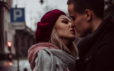 How Adult Dating Sites Differ from Traditional Dating Sites