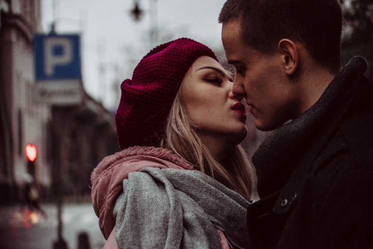 how do you know if your dating a sociopath